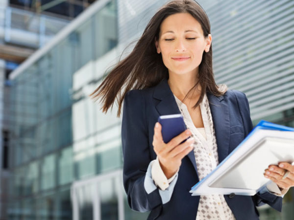 7 Reasons Why Your Business Needs To Go Mobile